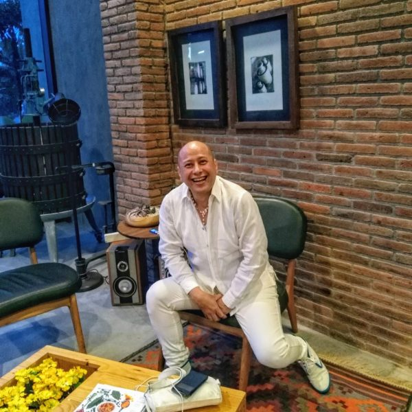 Jeffrey Wibisono V. @namakubrandku Hospitality Consultant Indonesia in Bali -  Telu Learning Consulting – Commercial Writer - Copywriter - Jasa Konsultan Hotel